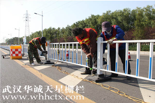 郑州锌钢护栏优势